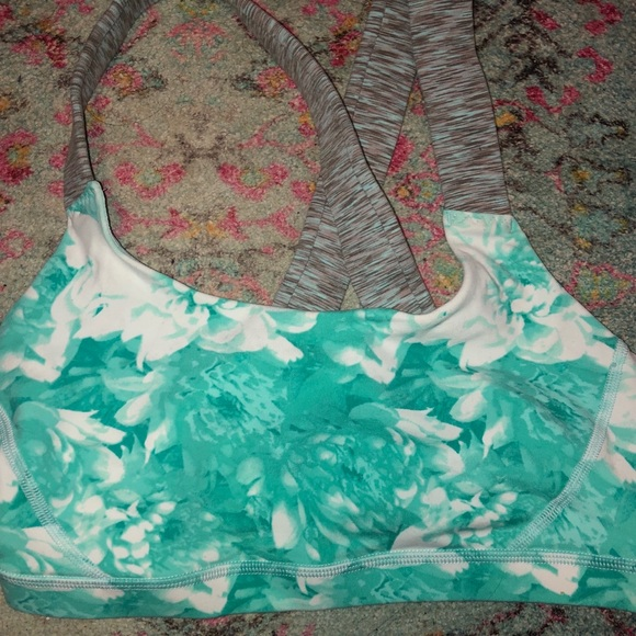 American Eagle Outfitters Other - Sports bra